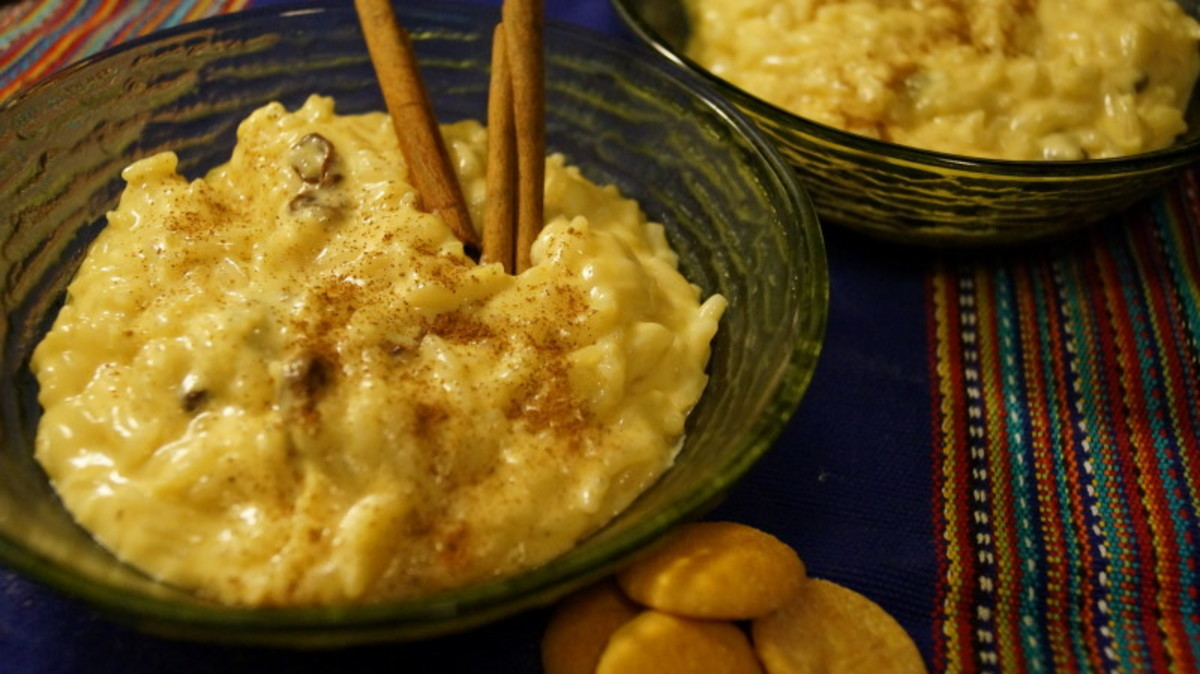 Arroz con leche (rice pudding).