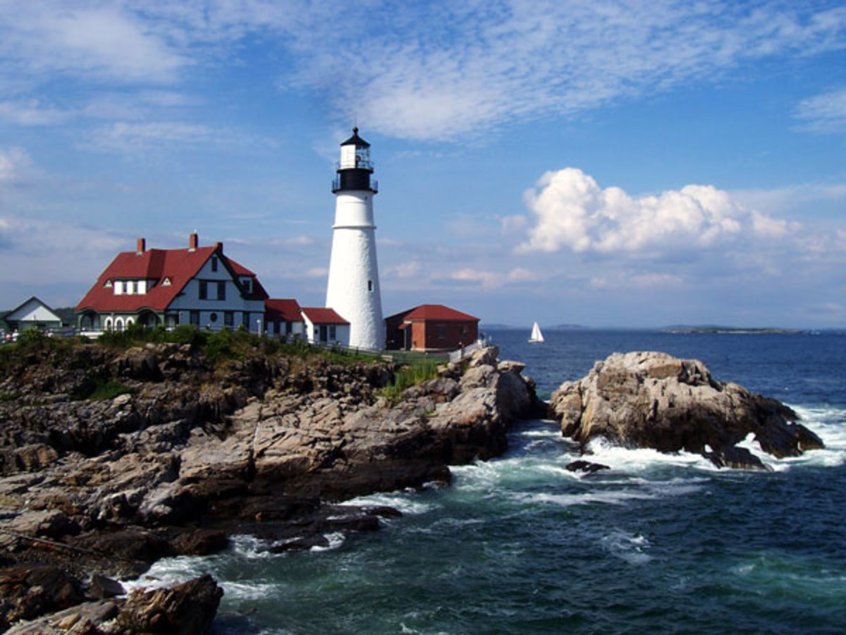 The Portland Head Light is actually located just outside the city of Portland in Cape Elizabeth. It is one of the most photographed lighthouses in America.