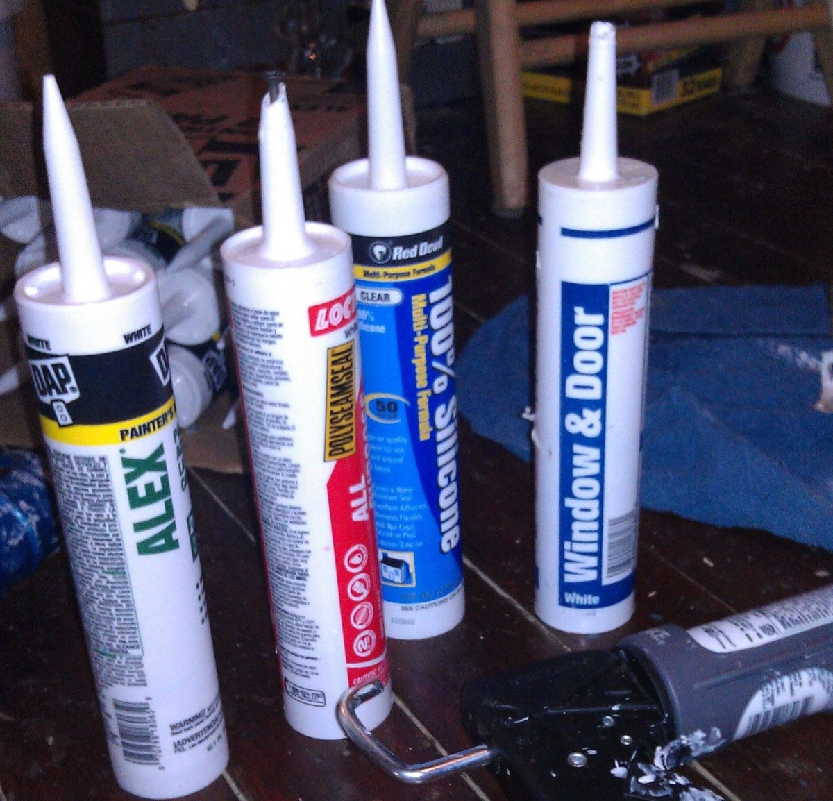 How use caulk to seal against bed bugs.