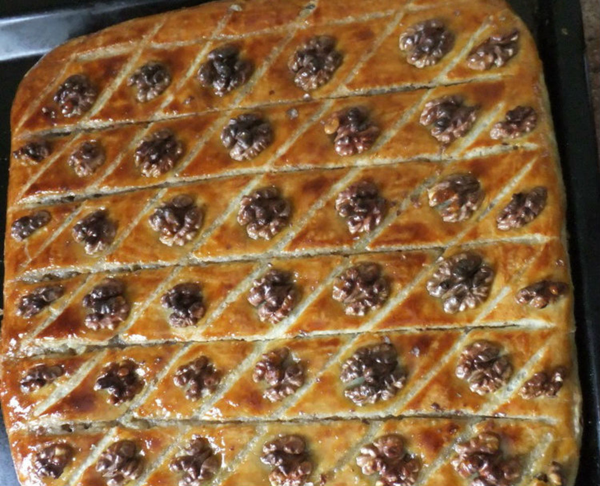How to Cook Armenian Baklava (Pakhlava): A Recipe With Honey