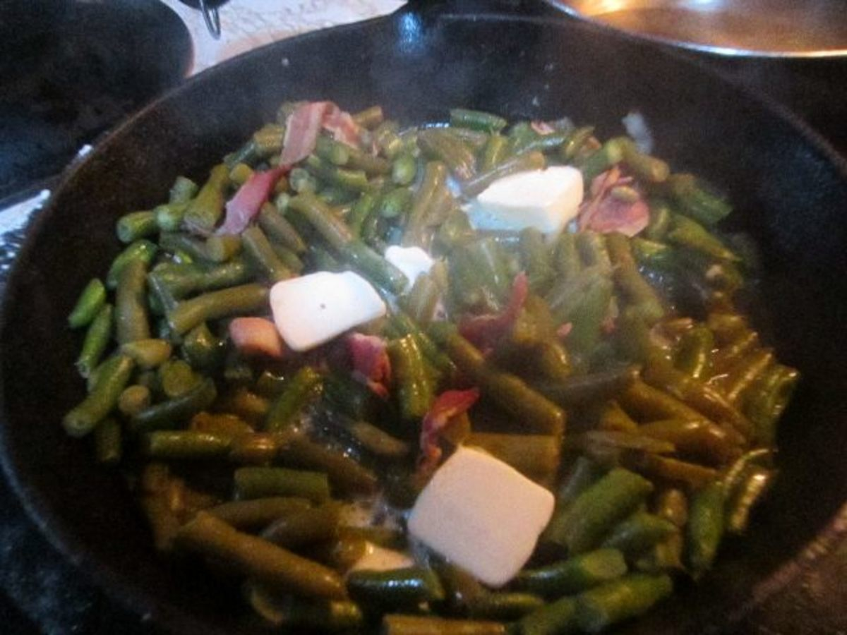 How to Make Canned Green Beans Taste Homemade - Copycat Recipe perfect for Thanksgiving and Christmas Meal
