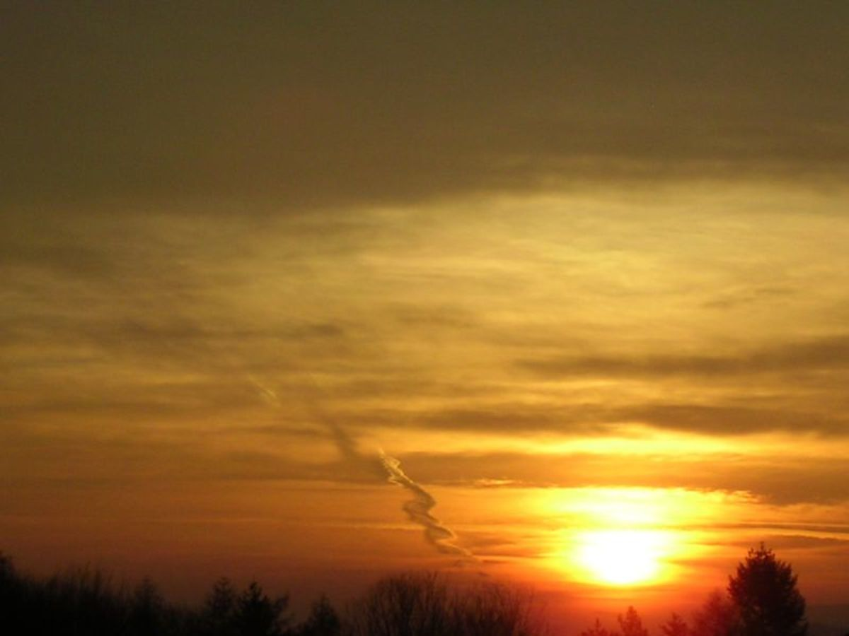 """That huge """"fire"""" in the sky gives us all life, but is the sun really on fire?"""