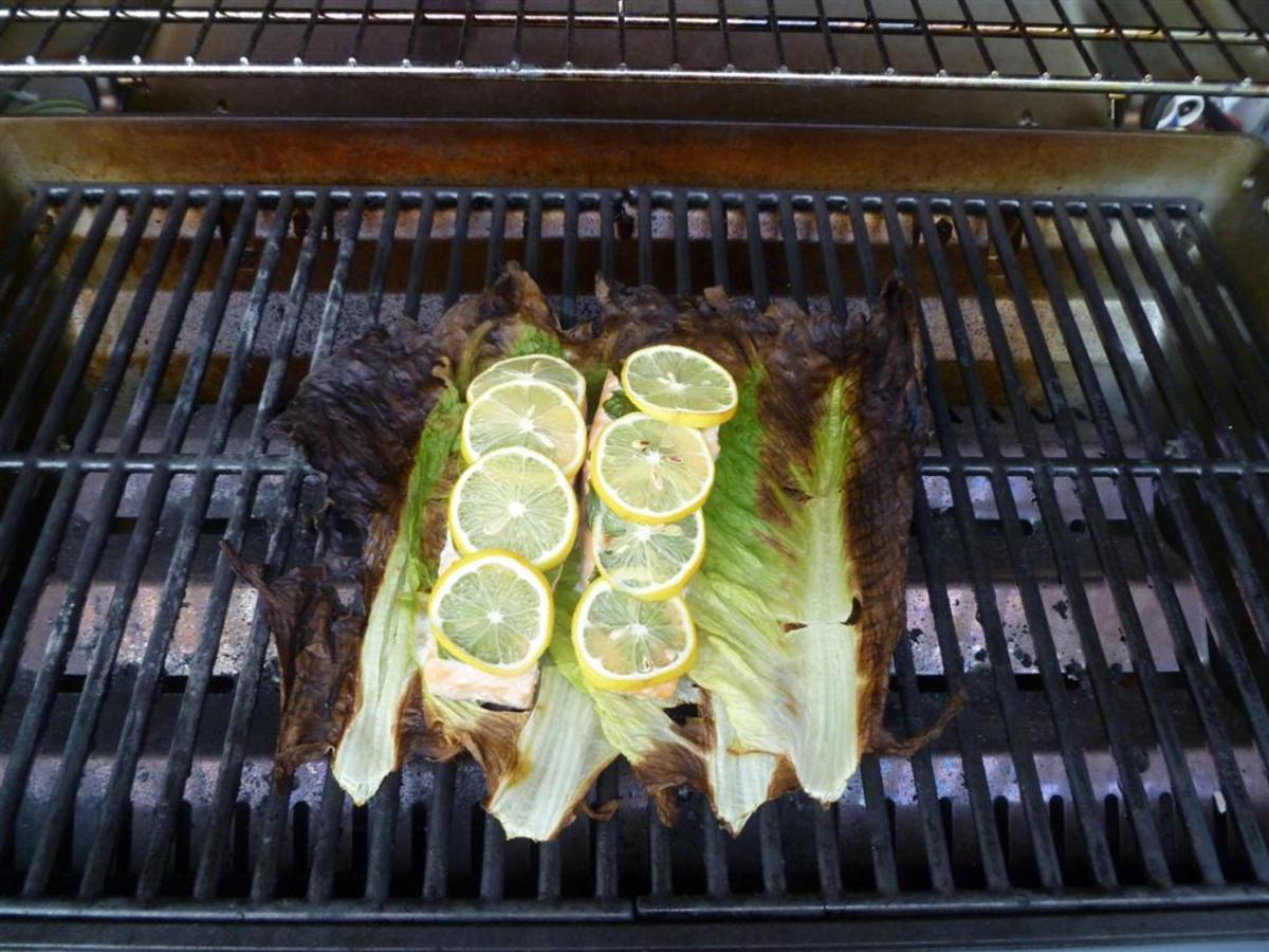 I know it sounds a little crazy, but grilling salmon with lettuce is great!