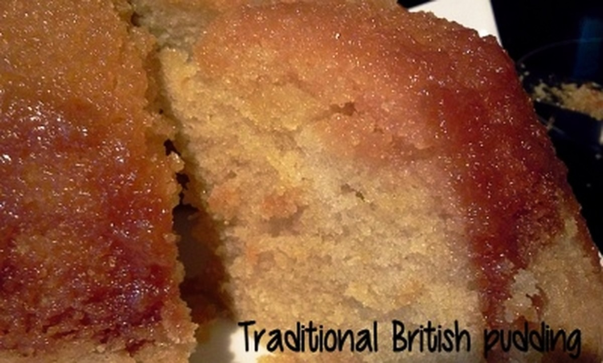 Treacle pudding steamed golden syrup sponge delishably for Treacle sponge pudding oven