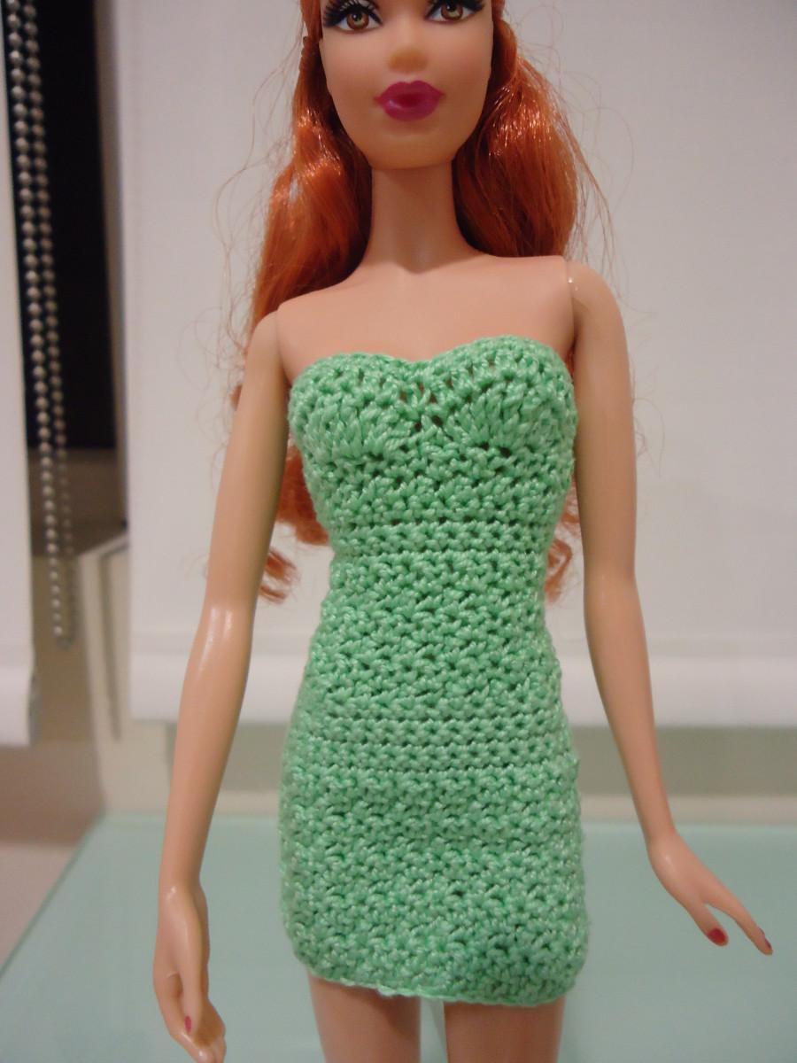 Crochet Simple Dress Pattern : Barbie Simple Strapless Bodycon Dress (Free Crochet Pattern)