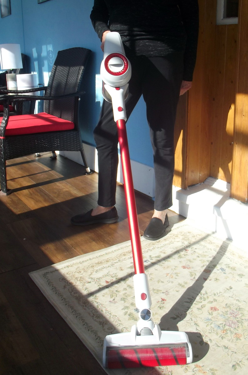 Review of the Jimmy JV51 Handheld Rechargeable Vacuum Cleaner