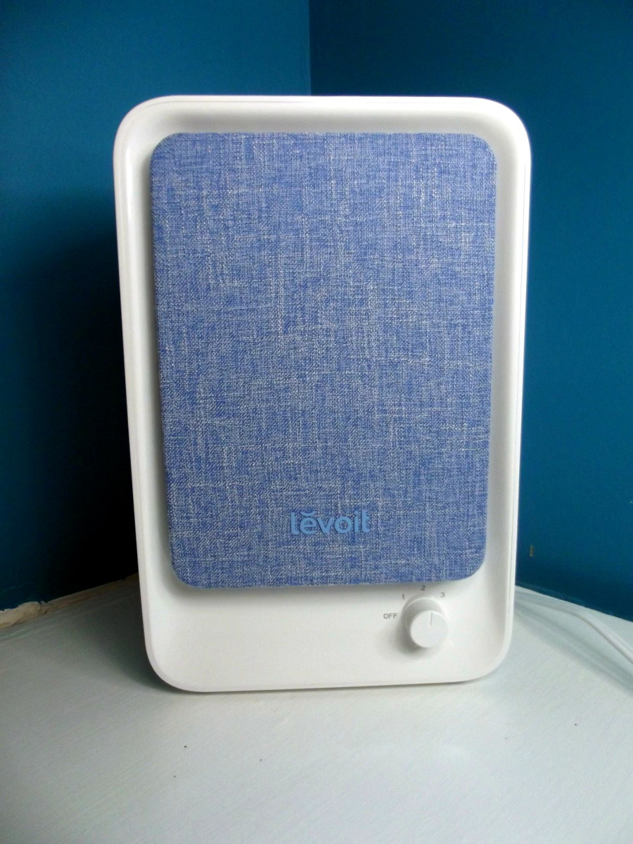 Levoit LV-H126 personal air purifier.