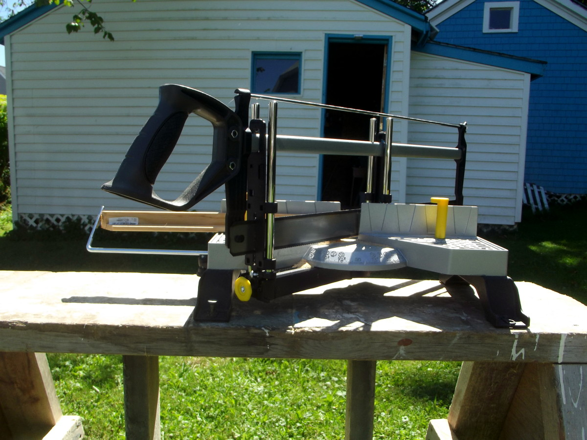 Review of the Stanley 20-800 Contractor Grade Clamping Miter Box
