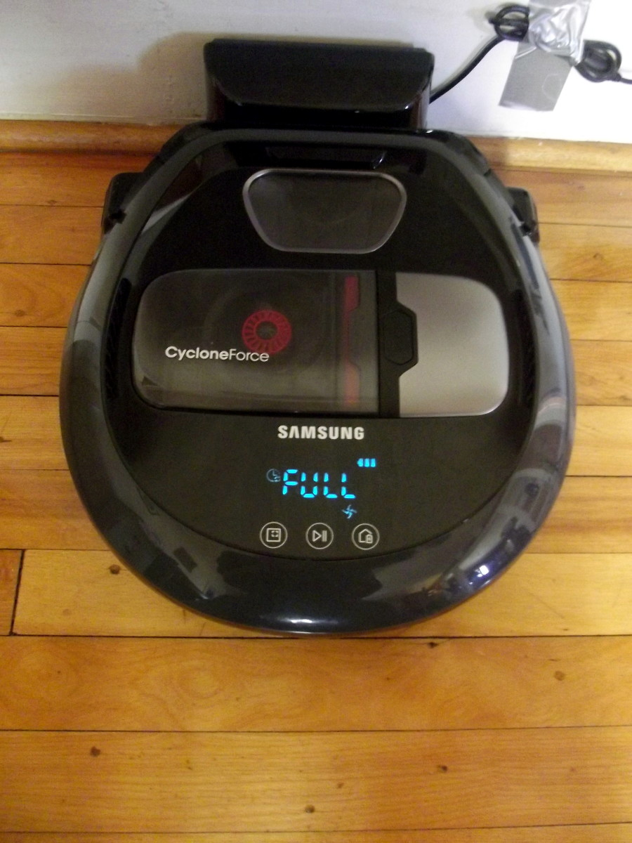 Review of the Samsung Powerbot R7040 Robotic Vacuum