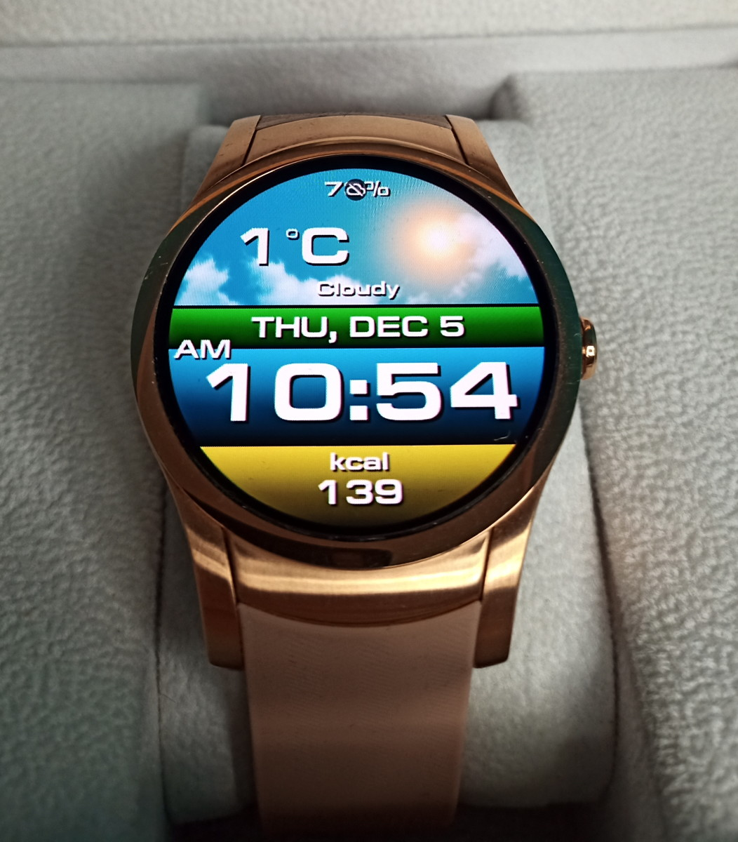 Wear24 smartwatch using an inexpensive aftermarket watch face I downloaded.