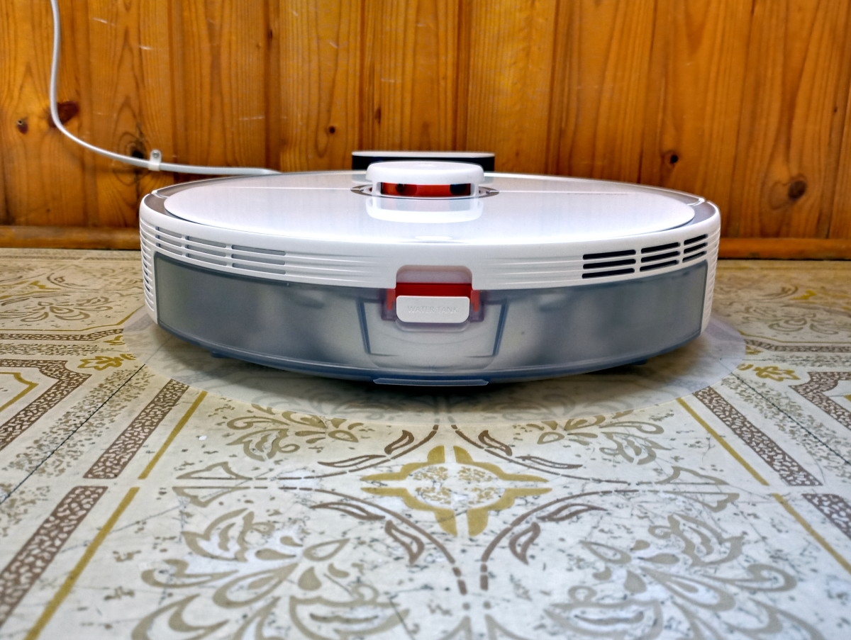 Review of the Roborock S5 Max Robotic Vacuum