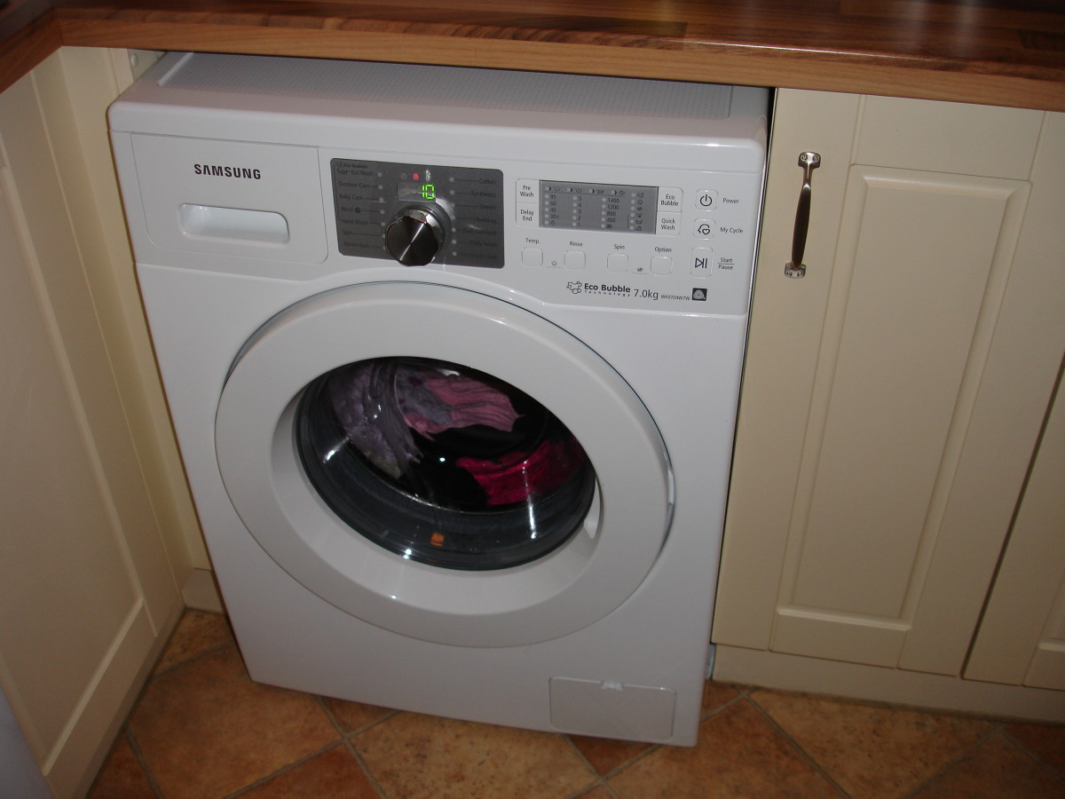 Our new Samsung washing machine - plugged in and working!