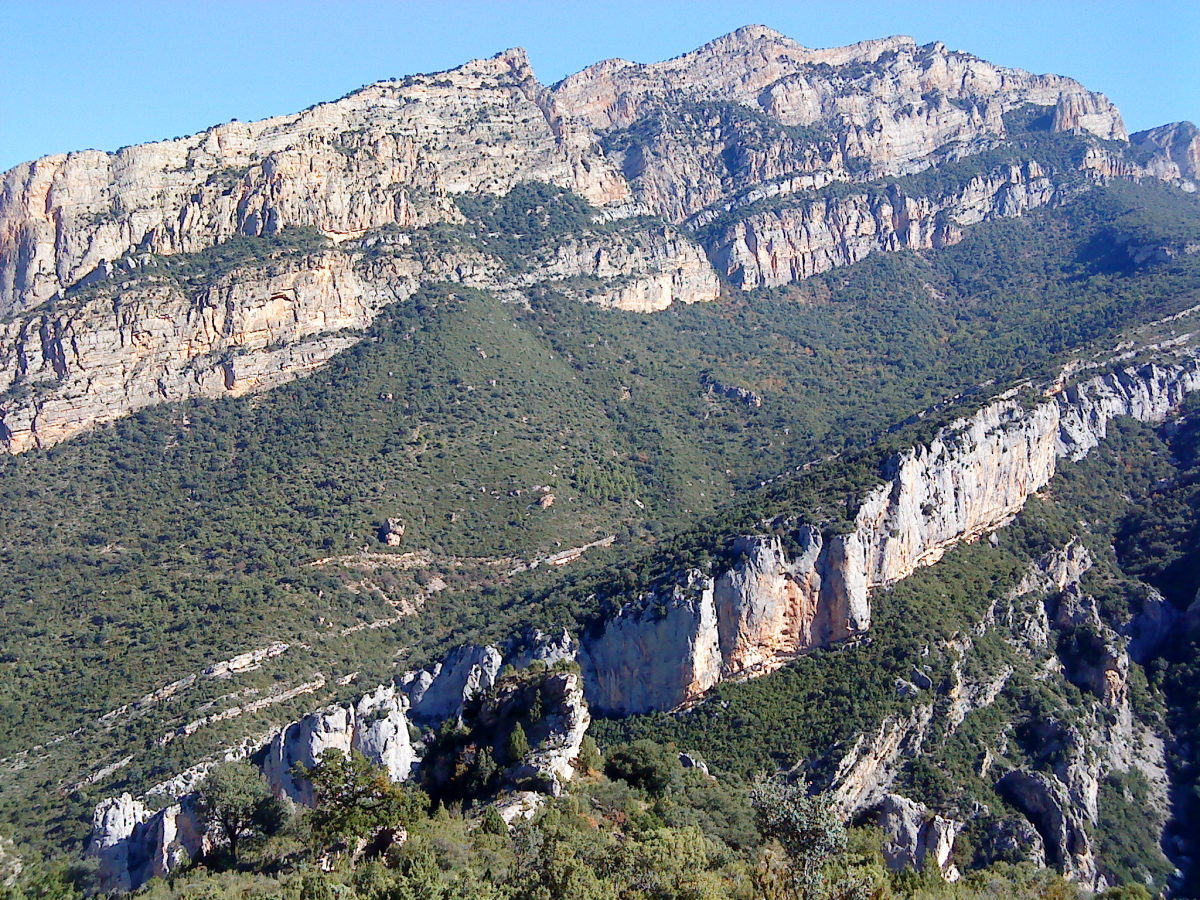 Rocky slopes, Spanish Pyrenees