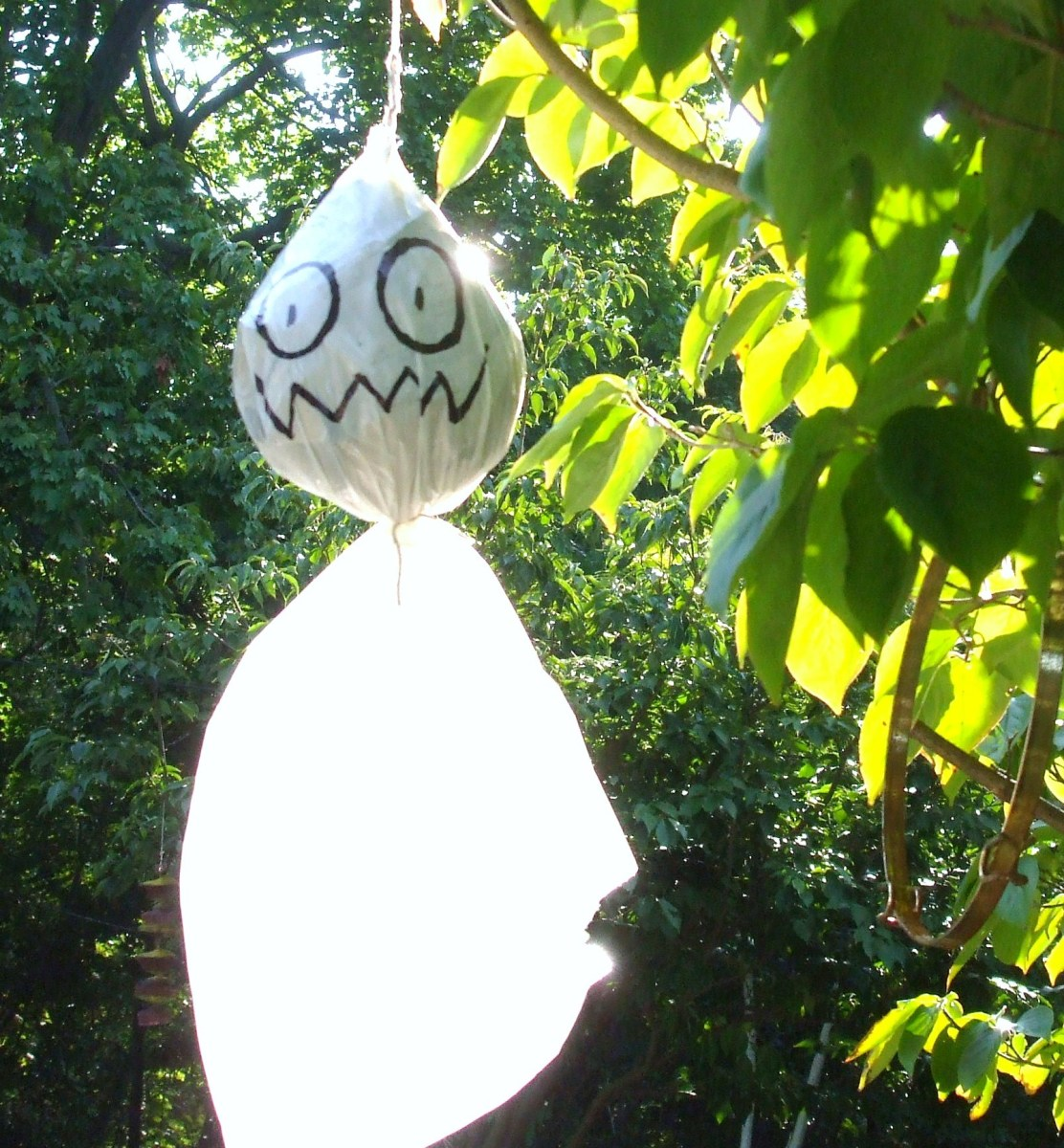 How to Make Halloween Ghost Decorations for Outside