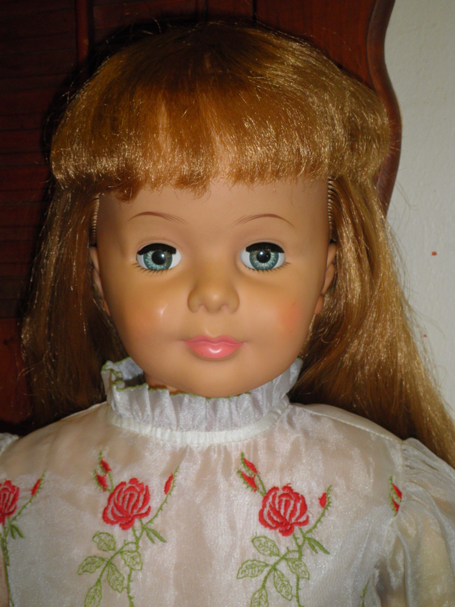 This is the Patti Playpal doll that I traded for a Burberry coat and some nice purses.