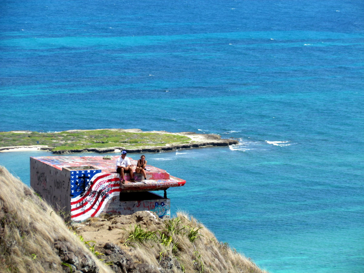 Kailua Lanikai Pillbox Hike on Oahu, Hawaii