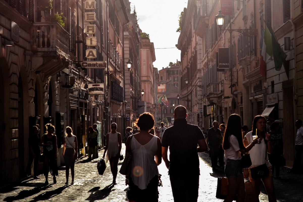 How to Be More Like a Local When You Are in Italy