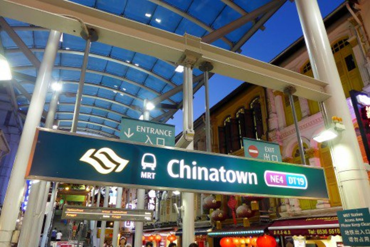 A Visit to Singapore's Chinatown and the Chinatown Heritage Centre