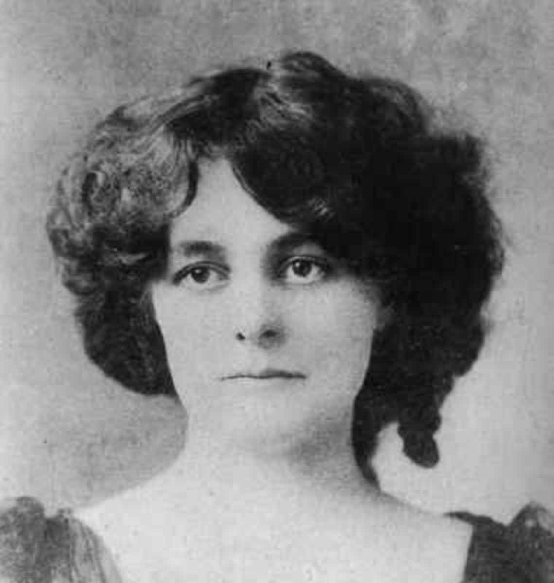 Maud Gonne, age 23, in 1889 - the year she first met W.B.Yeats