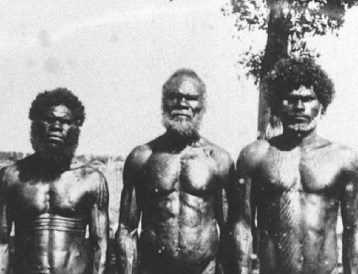 The first Australians, now known as Aborigines were hunter gatherers who colonised the continent from Southeast Asia. They would remain exclusively hunter gatherers right up until the European colonisation in the 18th century.