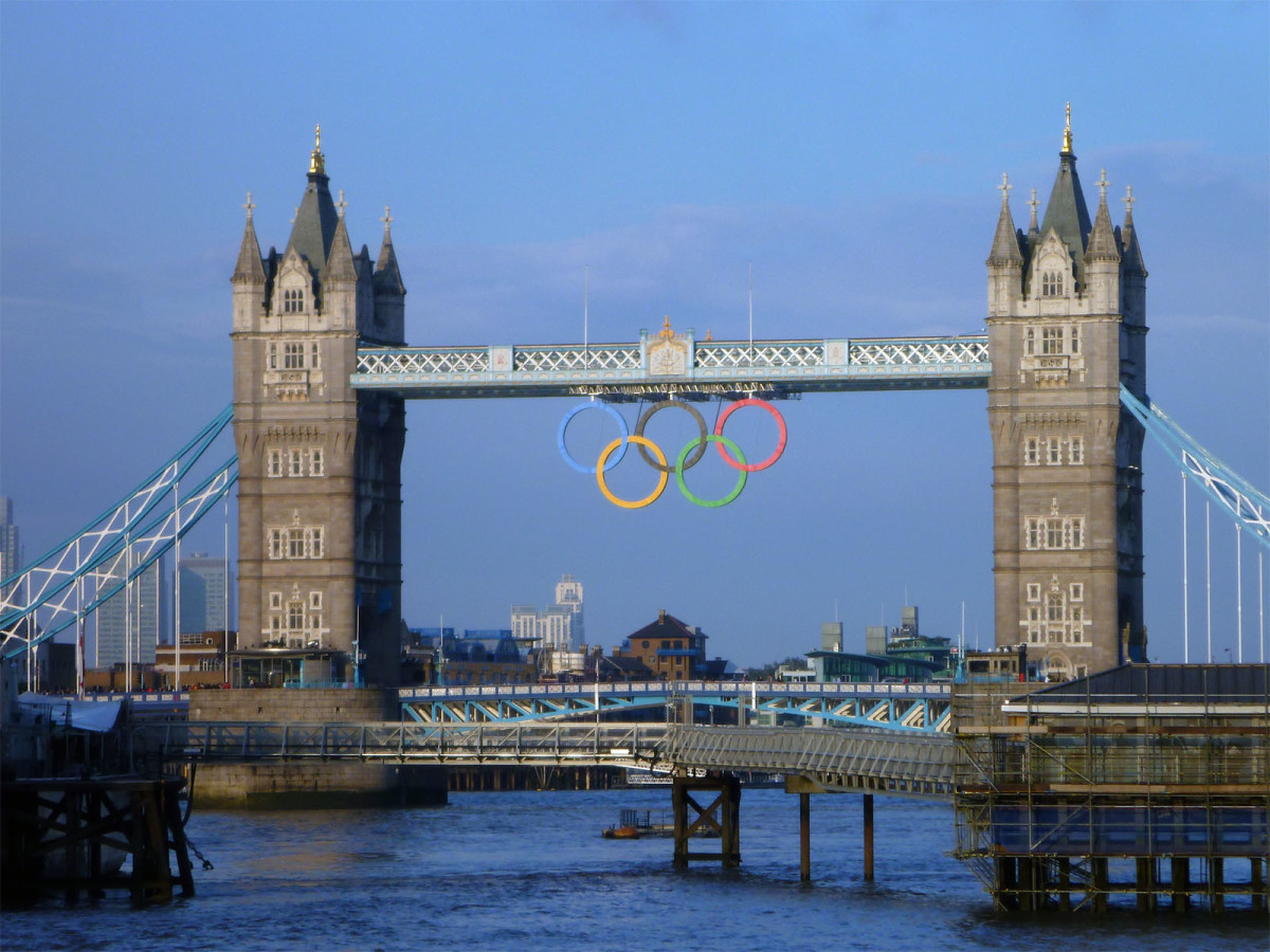 The Tower Bridge of London was decorated with the Olympic Rings to celebrate the Games of the XXX Olympiad, held in London in 2012.