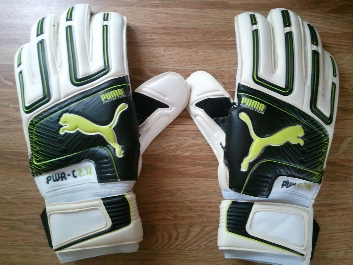 Puma PWC-C 2.12 goalkeeper gloves