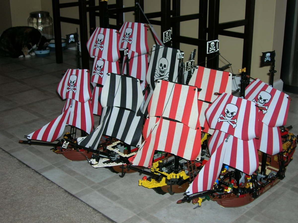 Lego Lot of 4 Flags 2 x 2 Square with Crossed Cannons for Pirate Ships