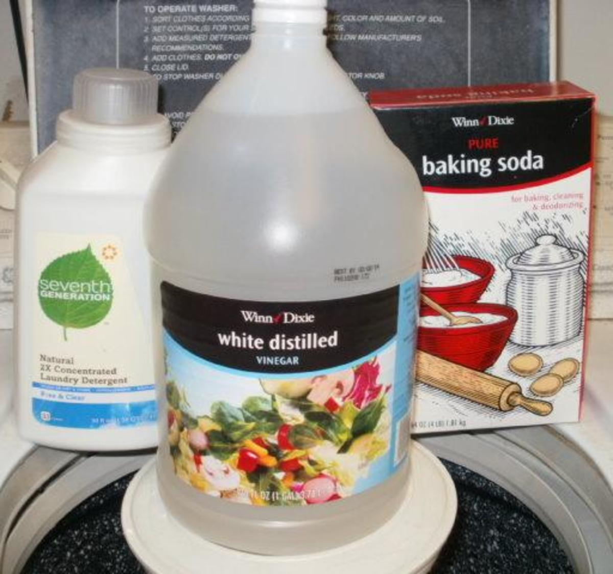 Household Uses and Cleaning Tips for Baking Soda and Vinegar
