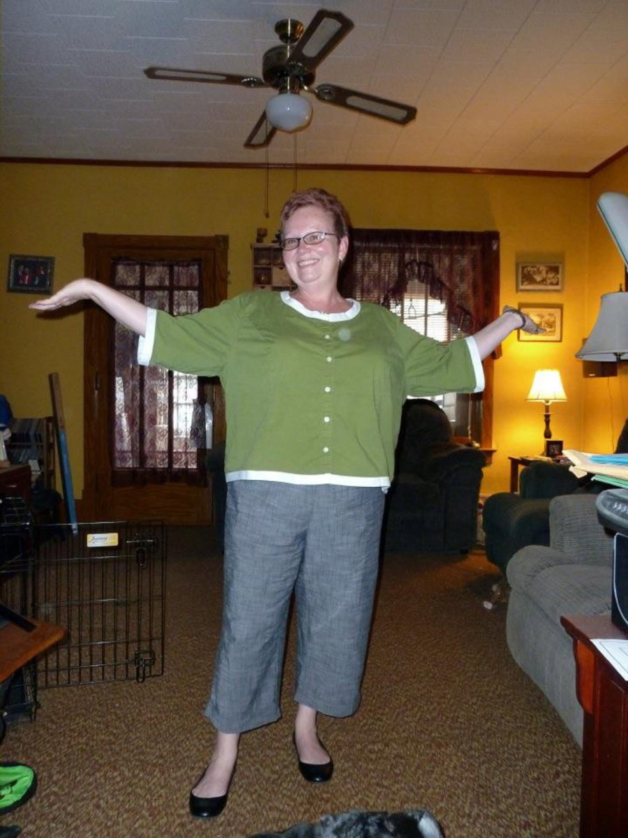From frumpy to fabulous. Learn to make a refashioned shirt that you can feel good about wearing!