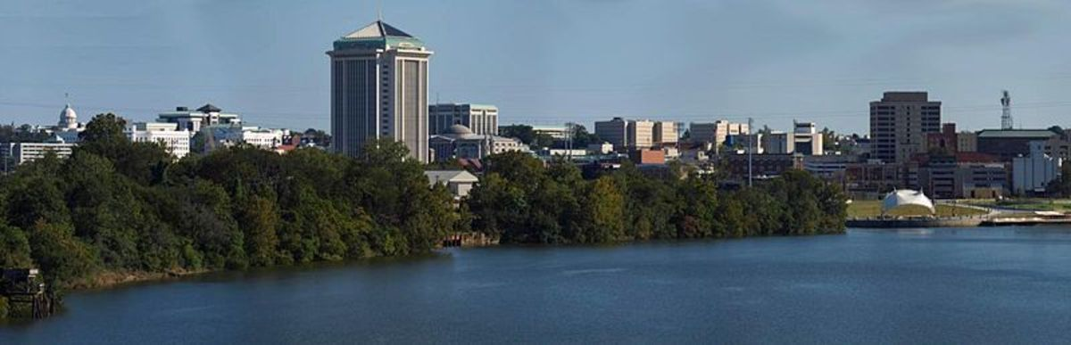 File: Montgomery, Alabama panorama.jpg Author: Spyder Monkey CC-BY-SA-3.0