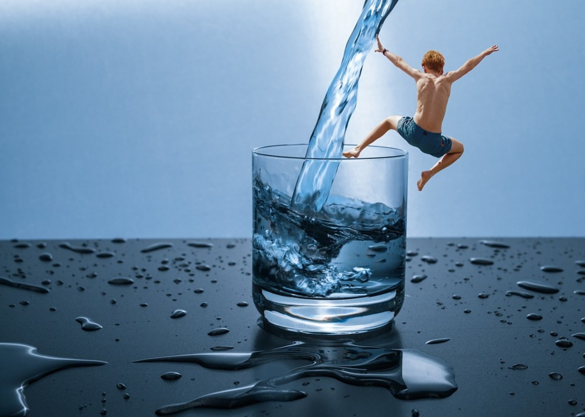 9 Tips for How to Drink Enough Water