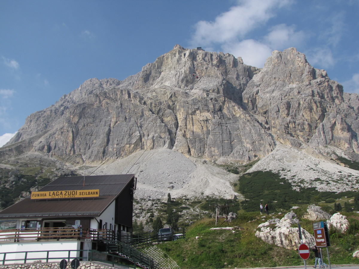 A Day Trip Through the Dolomites from Venice, Italy