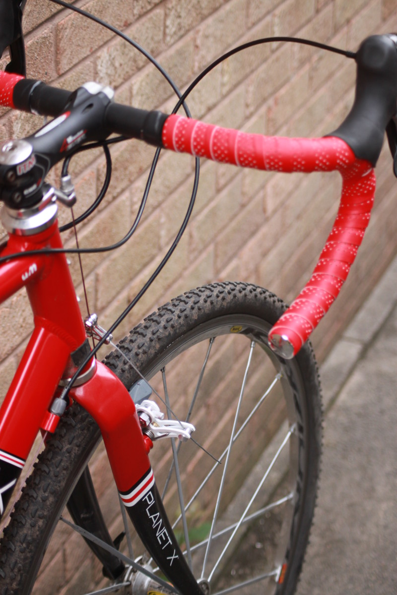 Getting the right cyclocross tires can make all the difference when racing. Bike featured is fitted with Challenge Grifo Pro tires which offer a great budget choice