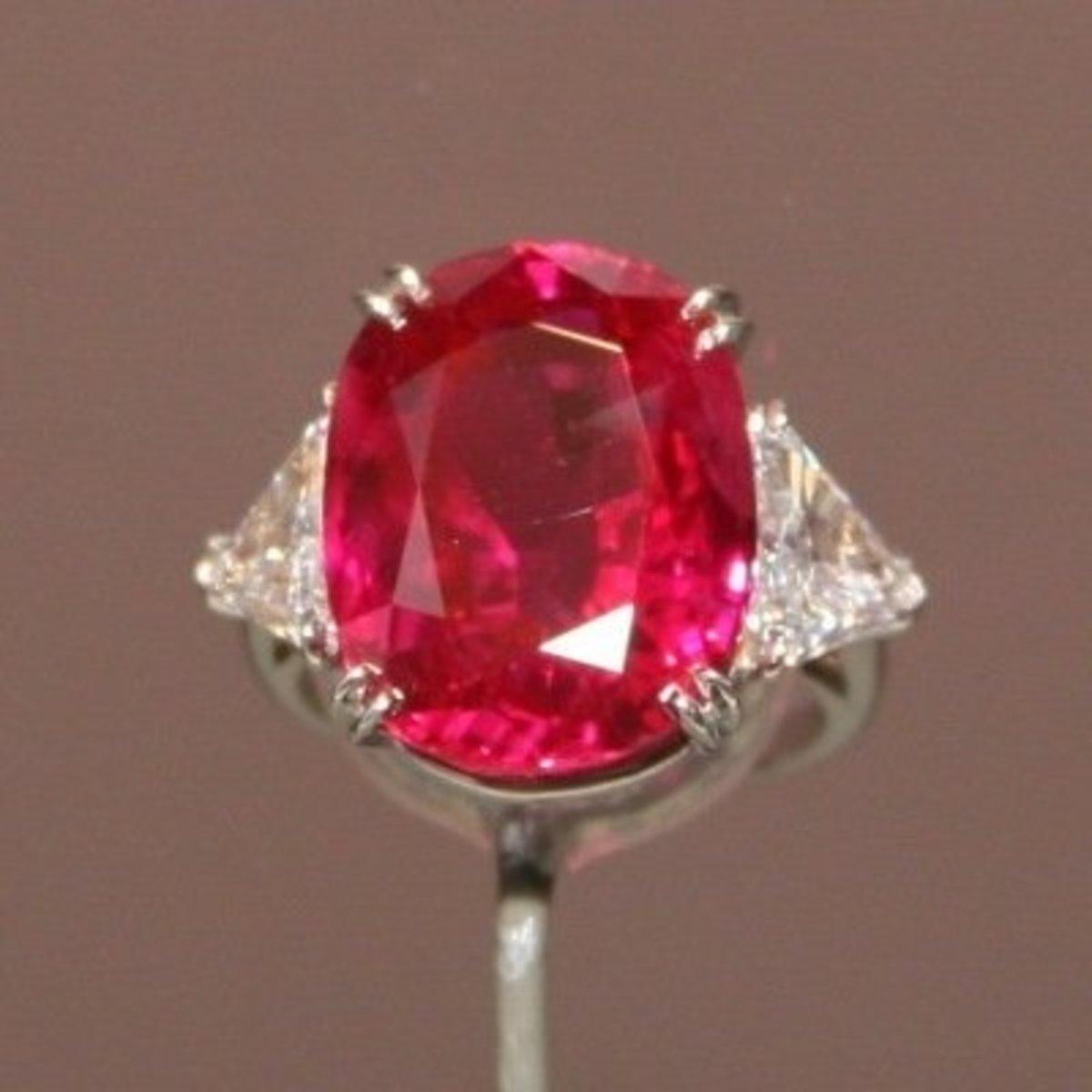 Pink Ruby Gemstones vs Pink Sapphire Gems