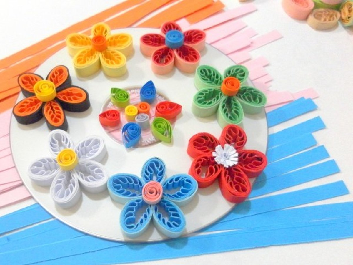Paper quilling how to make fringed flowers for quilled designs and source mightylinksfo