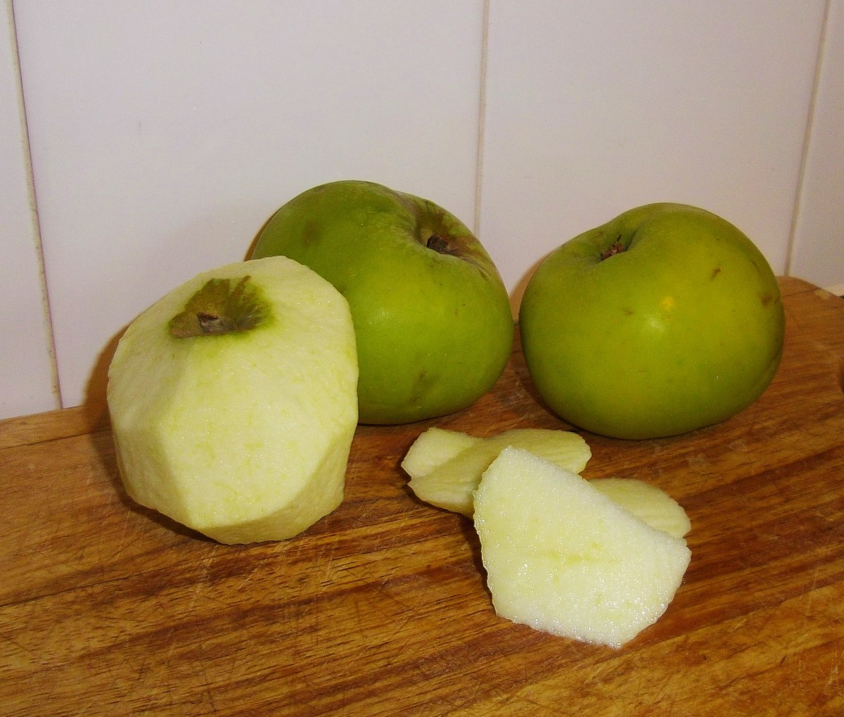 Peel, core and slice your apples to make the sauce.