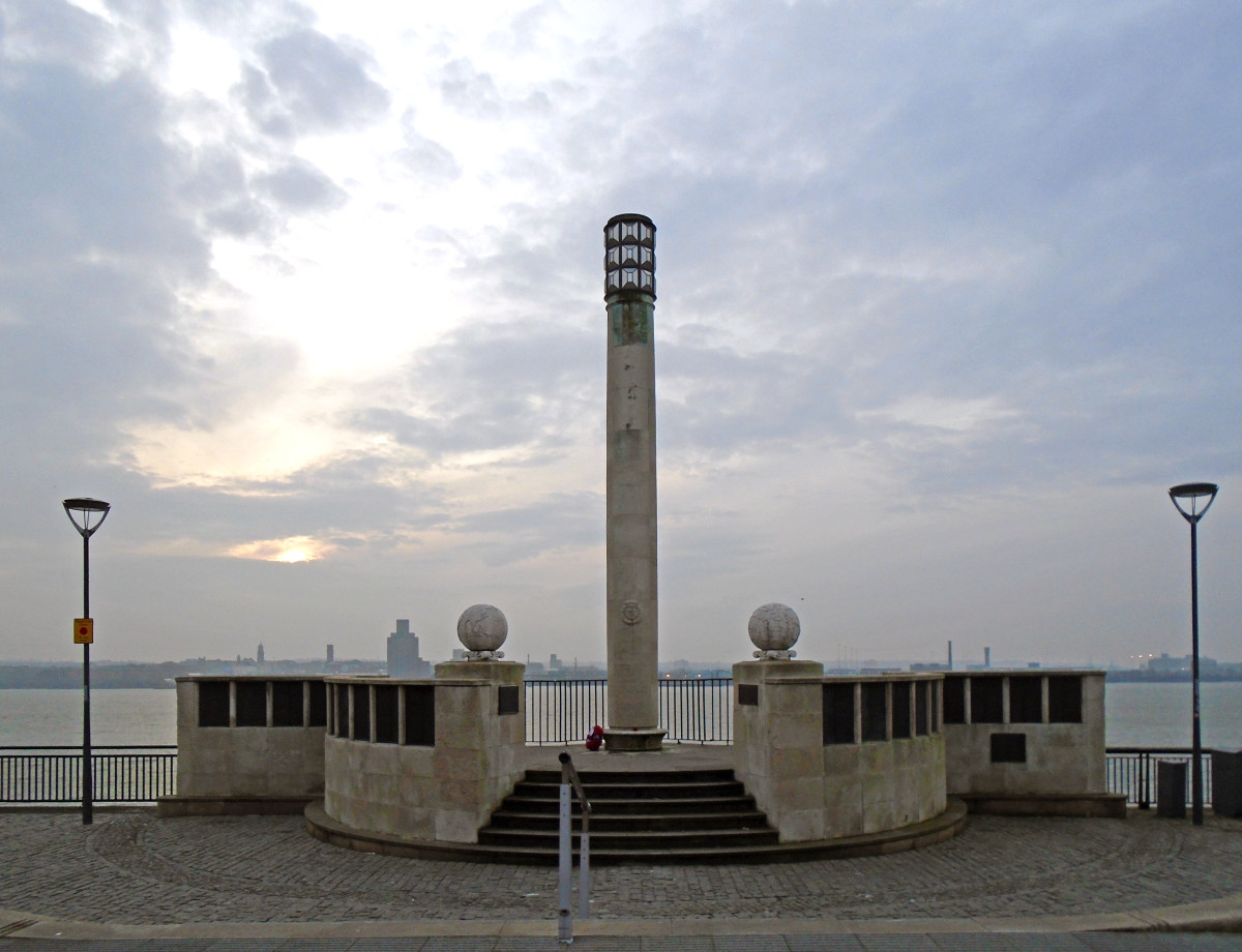 "The Liverpool Naval Memorial. The inscription reads, ""These officers and men of the Merchant Navy died while serving with the Royal Navy and have no grave but the sea 1939–1945""."