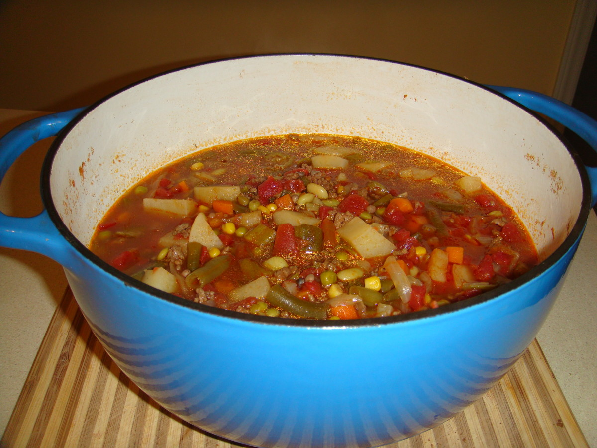 The completed vegetable beef soup.