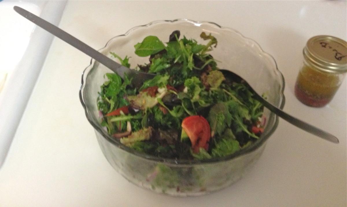 Mamma Mia's Miracle Vinaigrette Salad Dressing