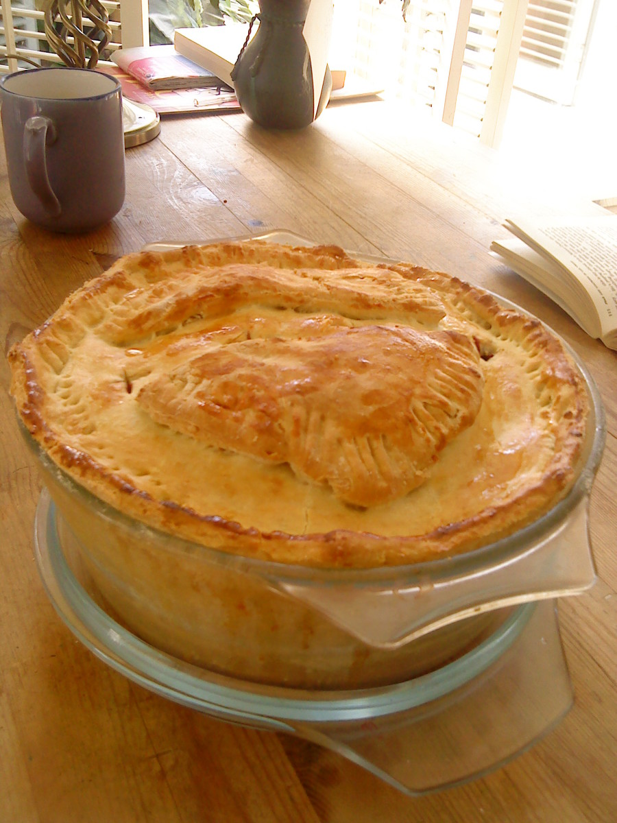 Easy to Make Blackberry and Apple Pie Recipe