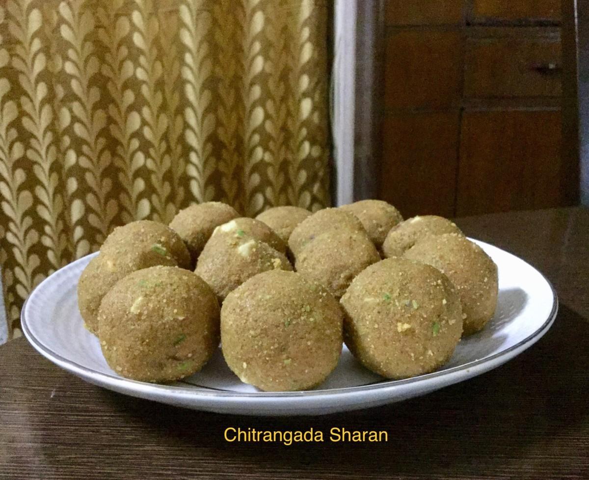 Indian Wedding and Festival Sweets: Suji Besan Laddoo (Gram Flour Semolina Balls)