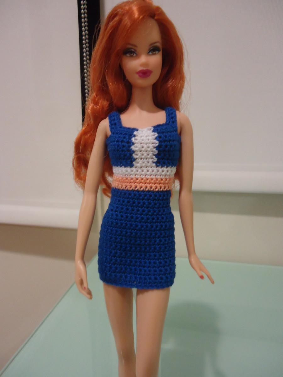 Free Crochet Dress Pattern For Barbie : Barbie Colorblocked Panel Sheath Dress (Free Crochet Pattern)