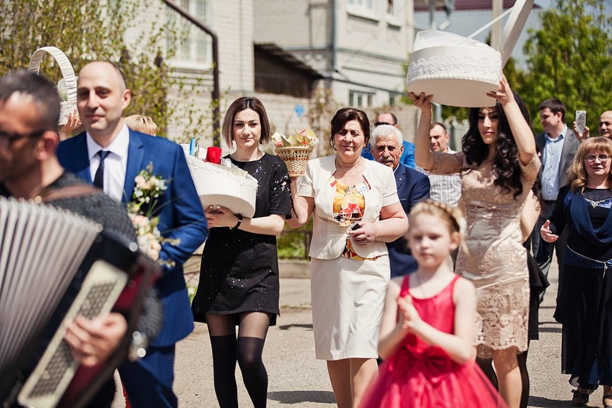 Armenian Wedding Traditions and Customs