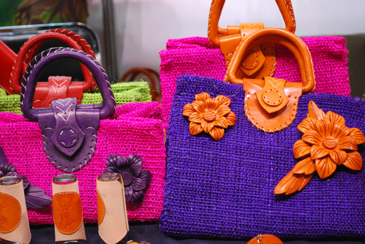 handbags and purses come in all shapes, sizes and colors. Be adventurous!