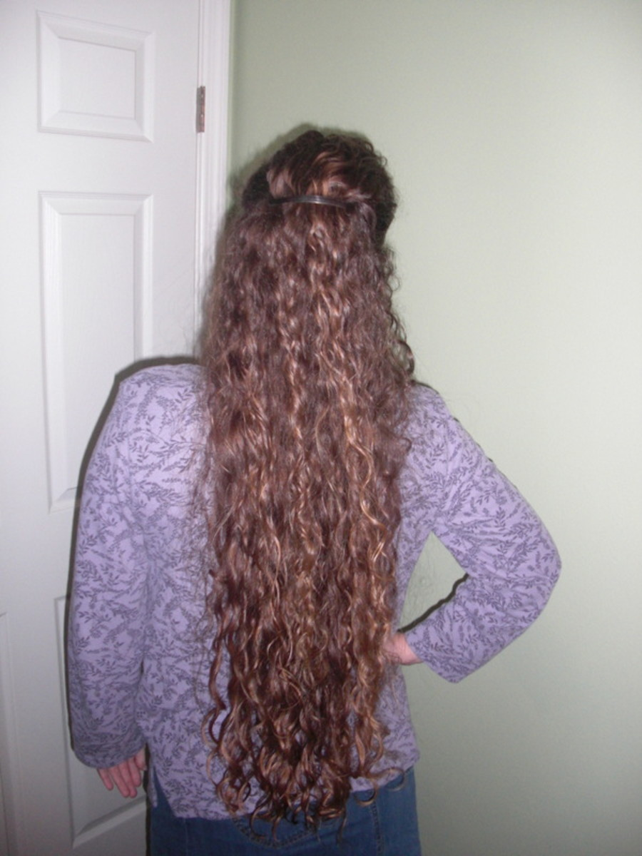 If this homemade hair gel can tame my locks, it can tame anyone's!