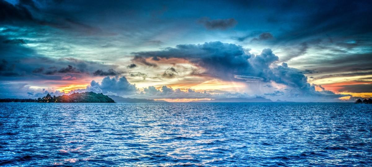 Ocean Blue Ocean Green