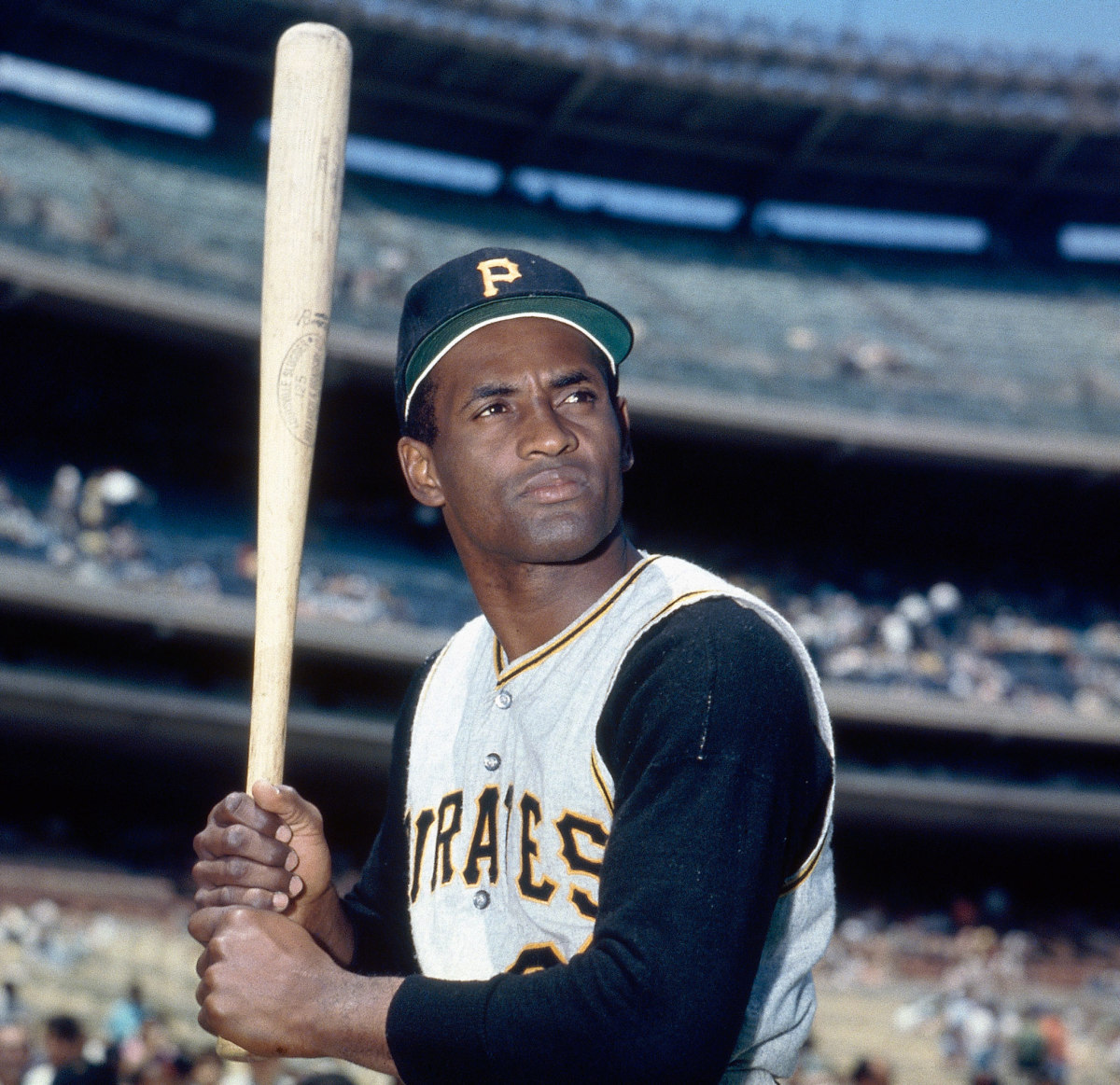 Roberto Clemente, a Hero On and Off the Baseball Field