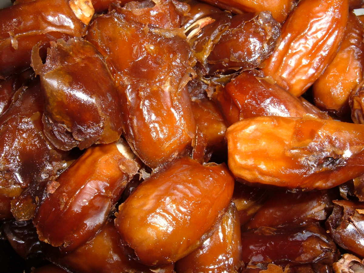 The Health Benefits of Dates or Chhuhara