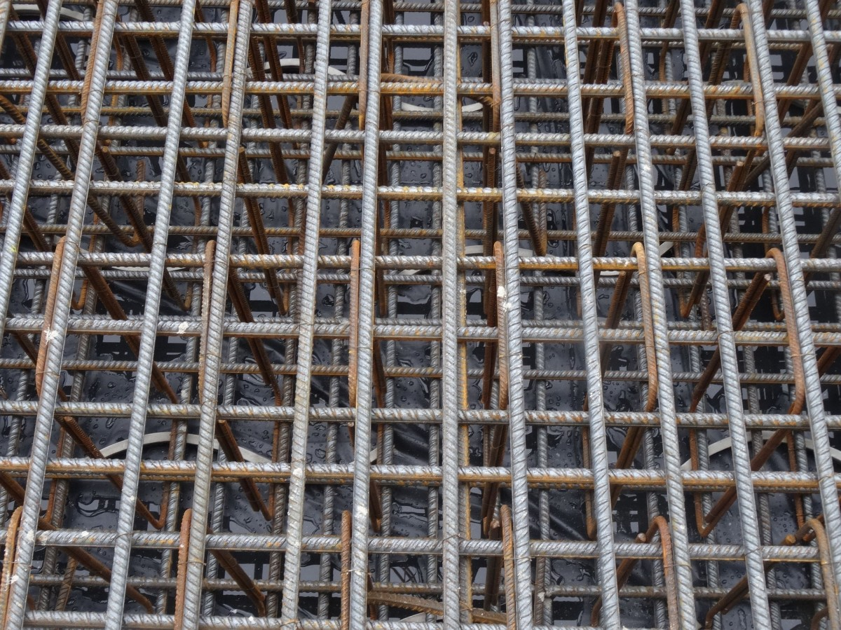 This article will break down the Hindi words for construction materials.