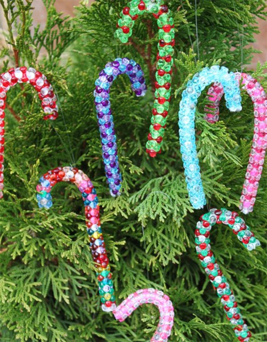 Candy cane crafts a sweet beaded ornament for Easy candy cane crafts
